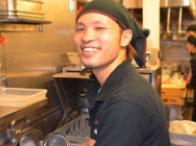 副店長:末木慎也(25歳)