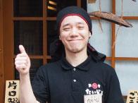 マネージャー:須山太滋(32歳)